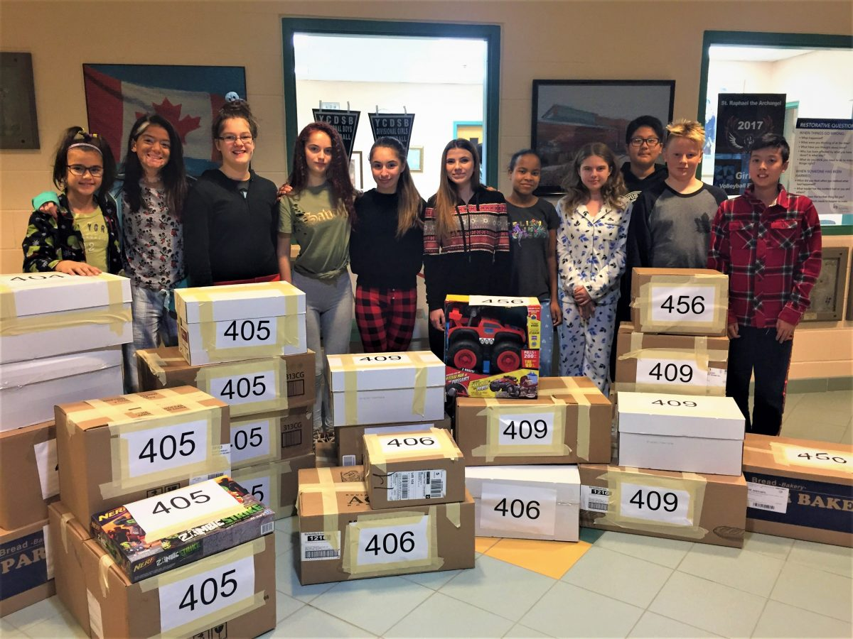 Luke 4:18 Students from Corpus Christi Collect Donations for St. Vincent De Paul